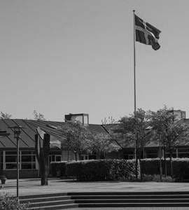Front view of Frijsenborg Boarding School